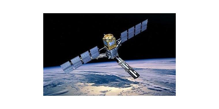 SHARP napelemek műholdakra tervezve